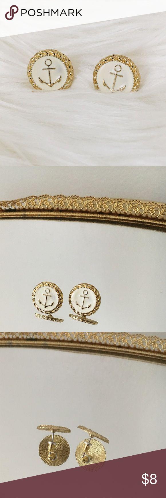 Preppy Anchor Earrings Circular  Pierced Anchor earring  NWOT Gold & white Jewelry Earrings