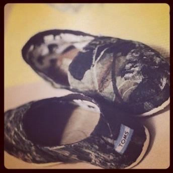 Camo Toms I WANT THEM!!