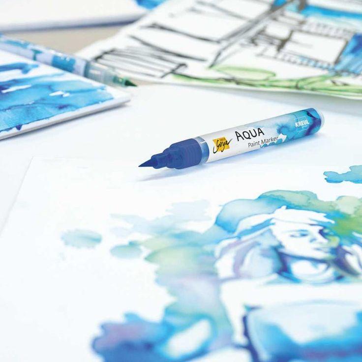 Nå har den endelig kommet, tusjen vi har ventet så lenge på! Dette er akvarellens STORE NYHET, og det lille vi har testet tusjene ut så langt har gjort oss hekta på AQUA PAINT MARKERS. SOLO GOYA Aqua Paint Marker er en pensel penn for moderne tegning og fargelegging, kalligrafi, illustrasjoner og grafisk design i akvarell stil.