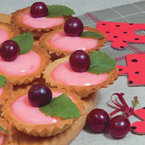 Smakołyk czwarty, czyli babeczki z wiśniowym budyniem