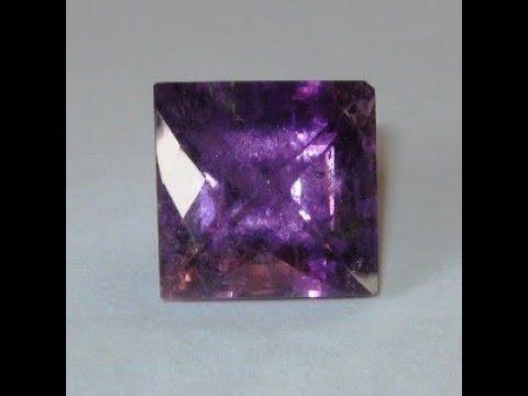 Batu Kecubung Ungu Kualitas Bagus 21.51 carat