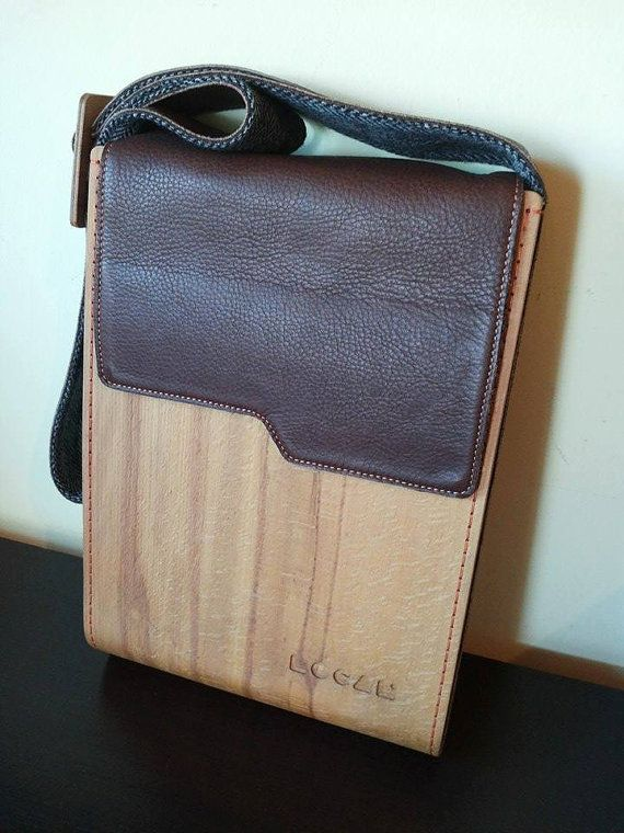 Bois et véritable cuir Ipad sac main sac par OldishButGoldish