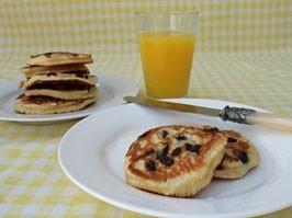 Lemon and Raisin scotch pancakes