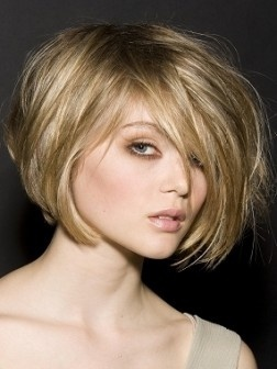 If I could get the guts to go blonde, maybe something like this...: Short Hair, Haircuts, Hairstyles, Hair Colors, Bob, Hair Styles, Blonde Hair, Blondes, Hair Cut