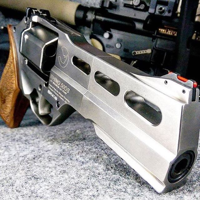 Chiappa Rhino .357 - Credits- @donluppoLoading that magazine is a pain! Get your Magazine speedloader today! http://www.amazon.com/shops/raeind