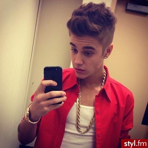 #Bieber Fryzury Męskie fryzury-gwiazd
