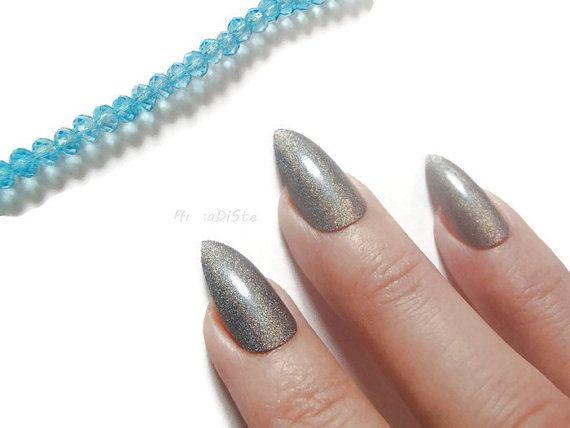 holographic silver grey gray stiletto nails glue on almond wedding bridal false nails christmas sexy pointy fashion acrylic lasoffittadiste