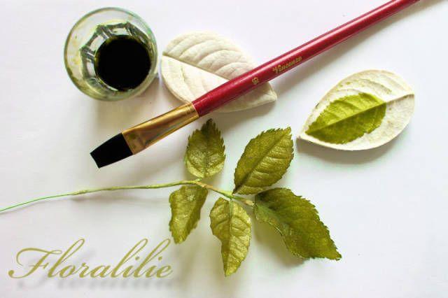 Veined Wafer Paper Rose Leaves - CakesDecor