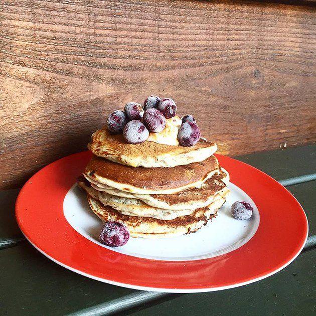 CLEAN Blueberry & Ricotta Pancakes -mspynk