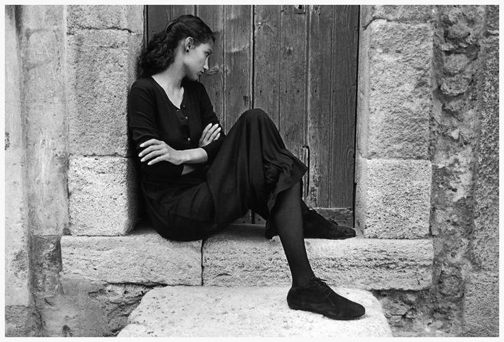 Fedinando Scianna:  Sicily. Province of Catania. Caltagirone. 1987