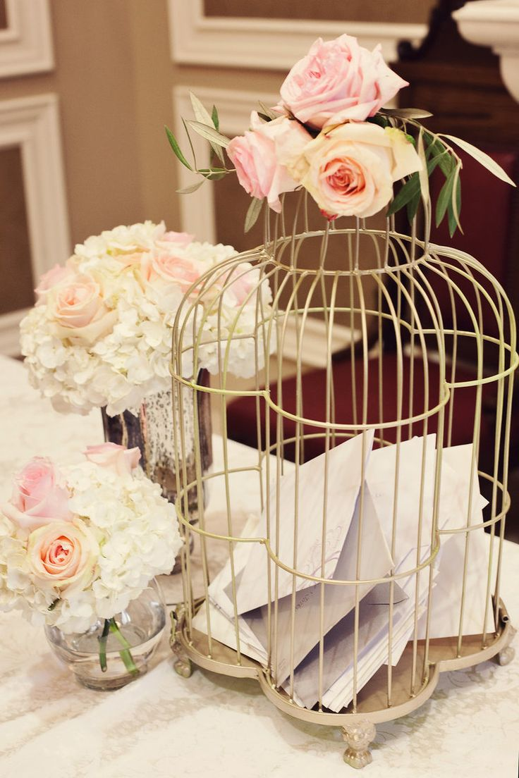 August 2014 | Hamilton ON | www.kjandco.ca | KJ and Co. planning and coordination at Catherine & Jordon's Dundurn Castle and Liuna Station wedding | Photo by Renaissance Studio | KJ and Co. vintage gold birdcage for card box, florals by Ooh La La Designs