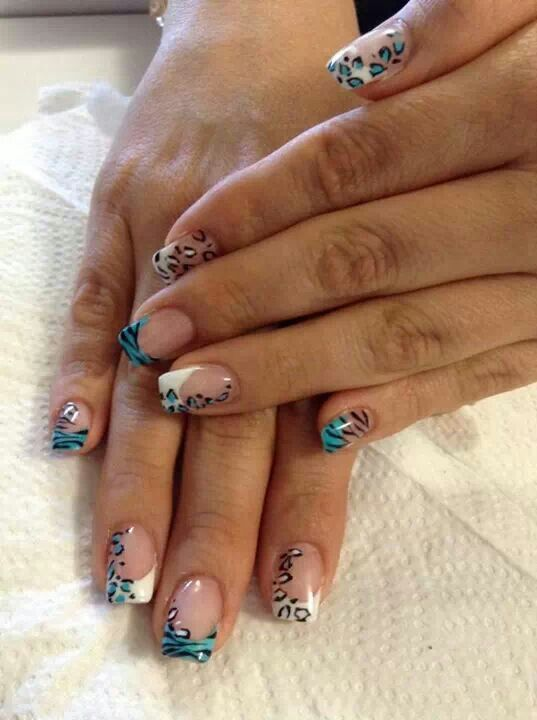 Nails animal print
