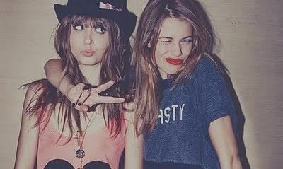 Wild & Young #redlips #girlfriends
