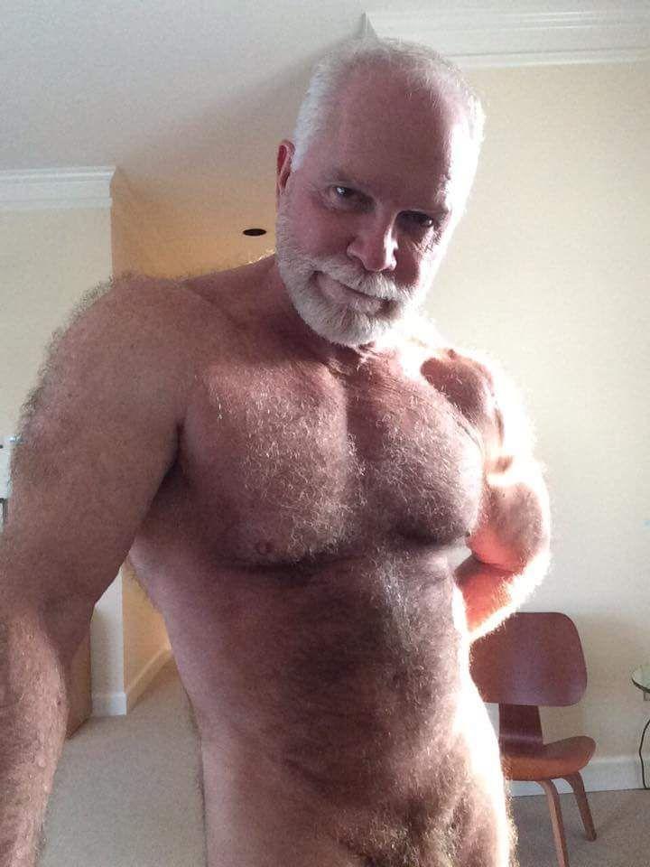 Erotic nudist clubs