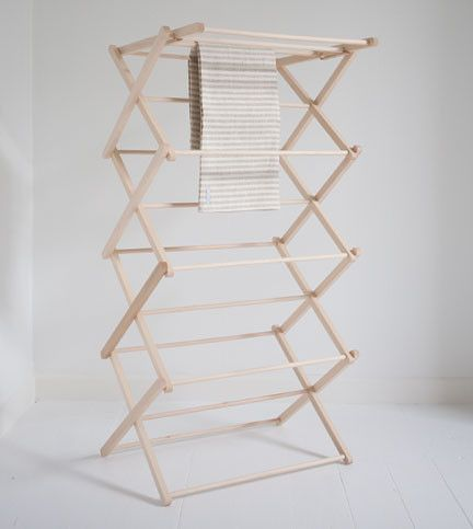 Wooden clothes drying rack plans woodworking projects for Wooden clothes drying rack plans
