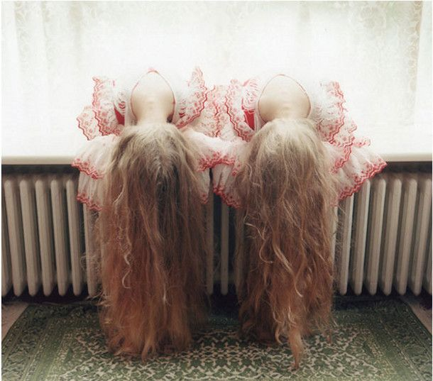Betoverende identieke tweeling