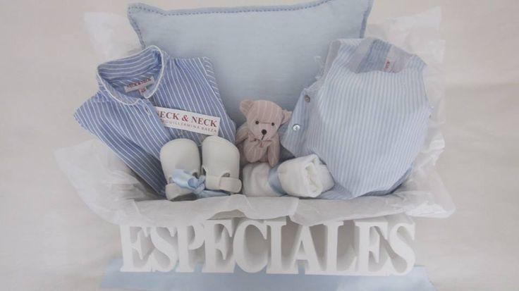 """El azul bebé nos parece un color maravilloso...aporta calma, serenidad y relaja...  Para una estrellita recién llegada... """"Cielo y nubes de algodón"""""""