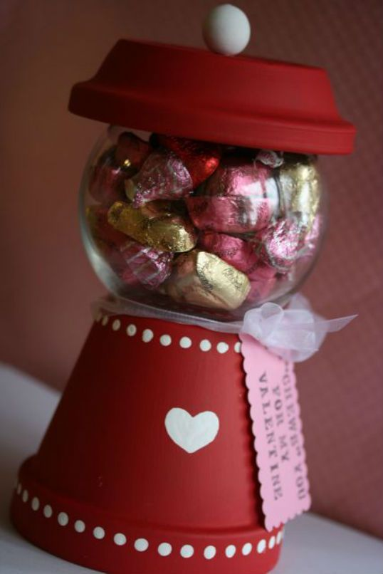 The party wagon blog valentine gumball machine craft for Home made valentine decorations