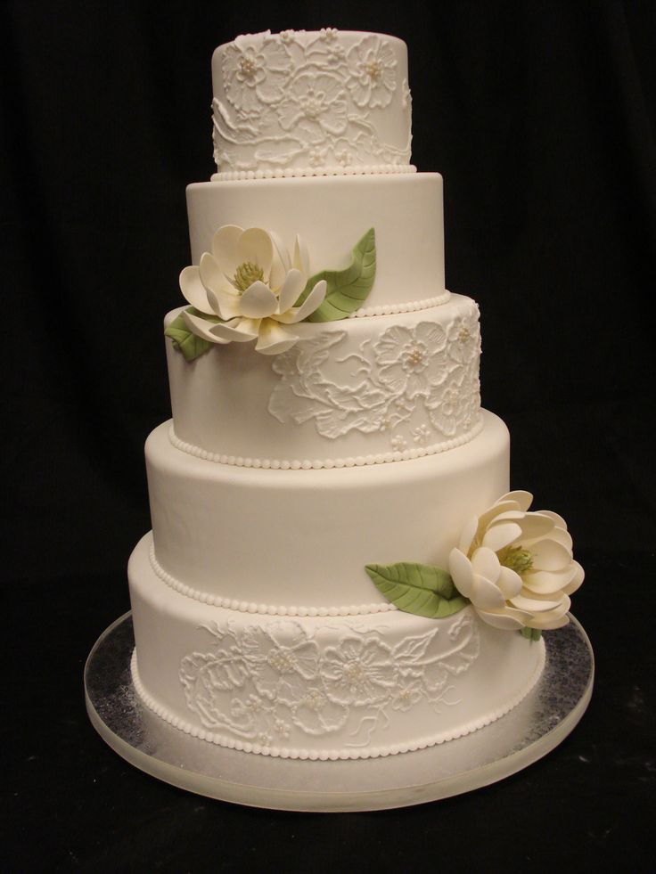 best flavored wedding cakes 17 best images about white wedding cakes by flavors 11319