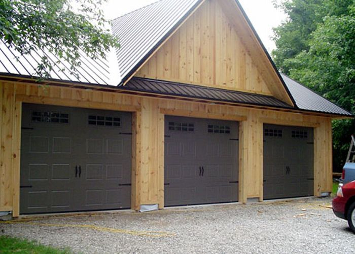 16 best images about country farmhouse style on for Farmhouse garage doors