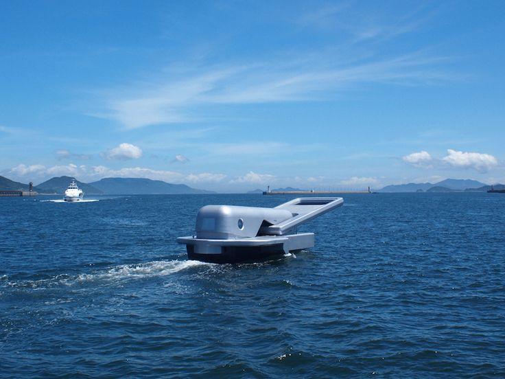 'Ship of the Zipper', Yasuhiro Suzuki (2010). A motorboat with passengers. ©Yasuhiro Suzuki