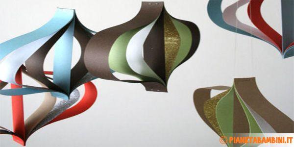 Ornamenti di carta per decorazioni natalizie