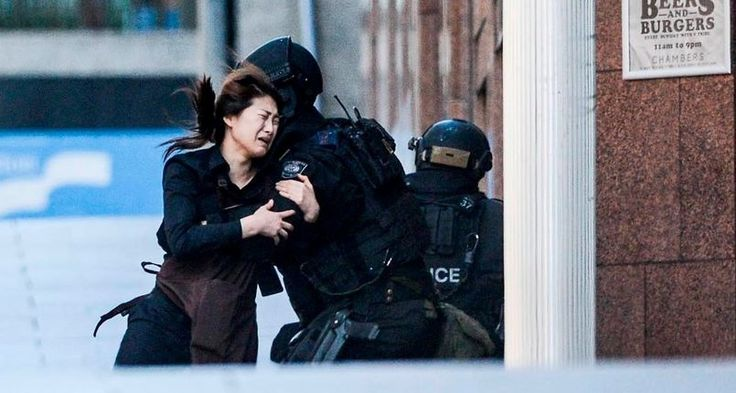 Martin Place hostage escapes café in Sydney.
