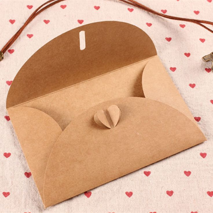 11*17.5cm Heart Clasp Kraft Paper Envelopes Air Mail Postcard Letters Greeting Paper Packing For Photo Wedding Invitation Card