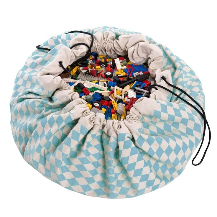 The Play and Go bag is a simple and effective solution to toy storage.  It can also be used as a play mat for more fun.  Play and go is not a toy. Children will need adult supervisor during operation.  From 70% cotton and 30% polyester.  Cold wash is suggested.