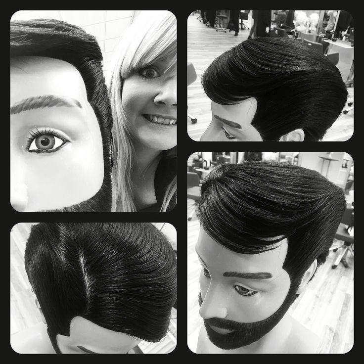 Har haft fornøjelsen af at lege lidt med denne nydelige mand hele ugen  #frisørelev#herningsholmfrisørafdeling#frisørskolenherning#svendeprøvenovember#maskulin#form#kreativbombage#bombage#øvelsegørmester#frisør