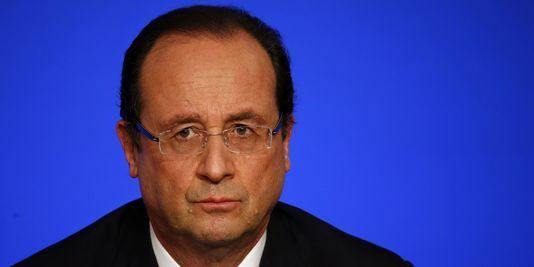 17.11.13 / Hollande bat le record d'impopularité d'un président français depuis 1958 / La cote de popularité du président François Hollande a baissé en novembre de trois points, à 20 %, selon le baromètre de l'IFOP – le plus ancien de tous ceux que réalisent les instituts de sondage français –, pour l'hebdomadaire Le Journal du dimanche. Il s'agit du score le plus bas enregistré par un président français depuis l'instauration de la Ve République, en 1958.