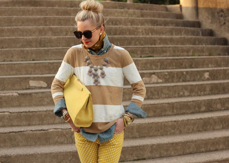 Perfect mixing. Jcrew necklace and love the polka-dot pants. Atlantik-Pasifik: haftasonu üniforma