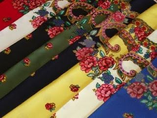Traditional scarves from Minho