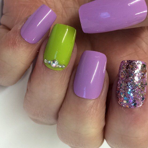 Lavender & Lime nails will be available to order online soon  Treat yourself to a set of salon worthy nails without the price tagBrowse our selection of hand painted false nails here http://www.devinenails.co.uk WE TAKE CUSTOM REQUESTS AND DELIVER WORLDWIDE! #nails #notd  #pointednails #falsenails #stickonnails #glueonnails #pressons #stickons #falsies #fakenails #nailart #instanails #nailartaddict  #love  #photooftheday #instalikes  #nailsoftheday #nailmail #naildesign #glitter #silver…