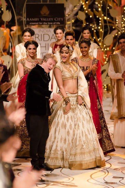 Rohit Bal Bridal Collection At Indian Bridal Fashion Week 2013