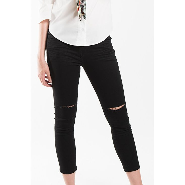 Knee Cut Jeans
