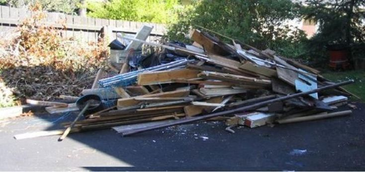 Junk Removal Junk Hauling Junk Furniture Removal Cleanout Appliance Disposal Furniture Pick up Trash Waste Rubbish Removal Service and Cost | Edinburg McAllen TX | RGV Household Services 956-587-3487