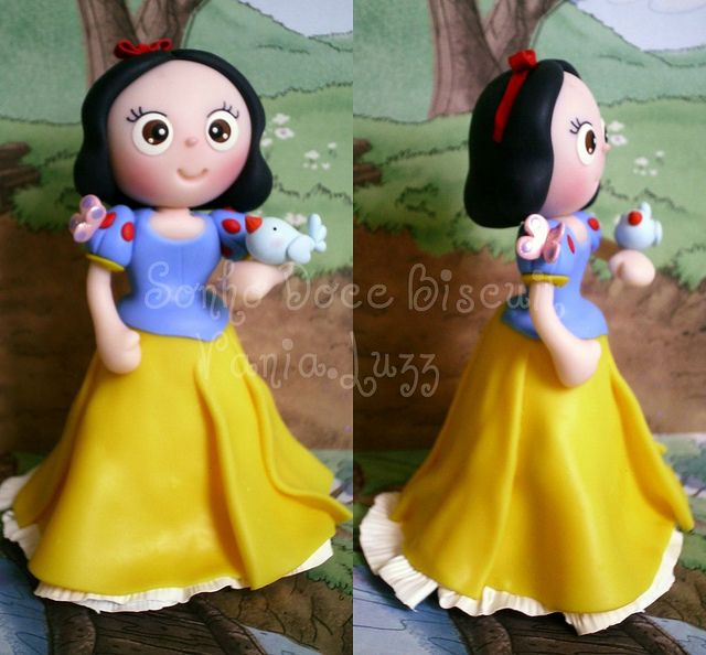 Branca de Neve by Sonho Doce Biscuit *Vania.Luzz*, via Flickr