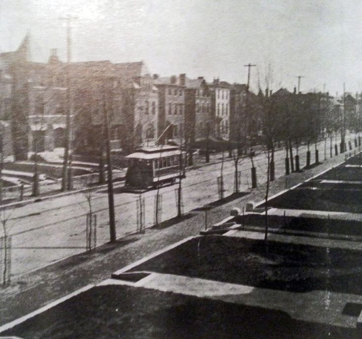 1300 Block of South 2nd Street - 1890. University of Louisville Photographic Archives
