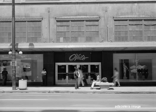 O'Neil's Department Store. Akron, Ohio.