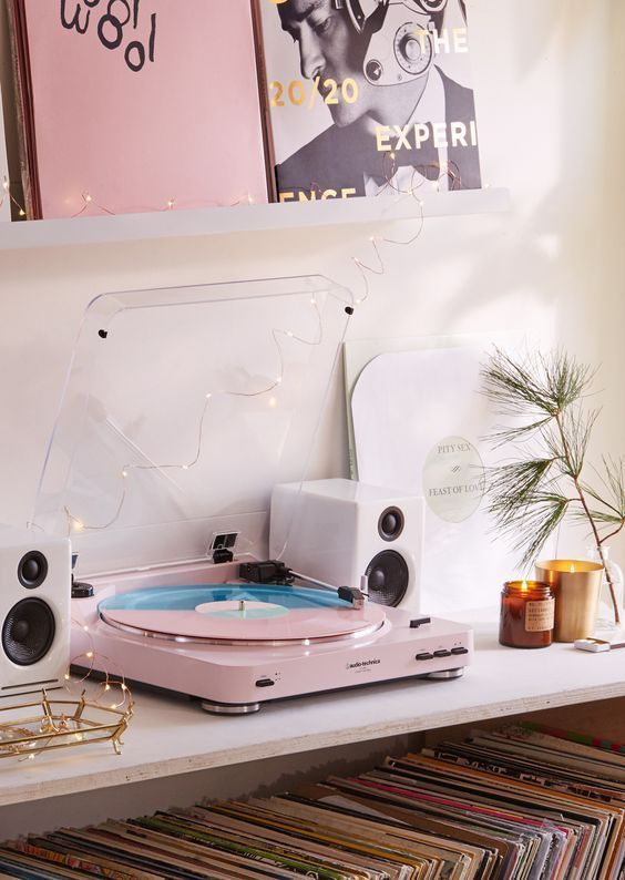 Turntables for your home /