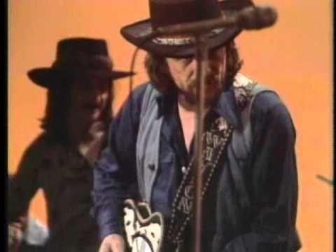 Waylon Jennings - I'm a Ramblin' Man (1974)