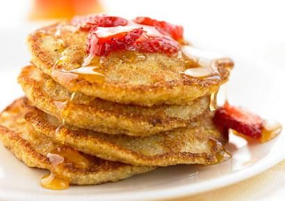400-cal breakfasts that will keep you full until lunch. Those oatmeal buttermilk and berry pancakes look delish