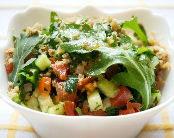Овощной салат с соусом «дукка» - http://dolcebello.ru/salaty-s-sousami/ovoshhnoj-salat-s-sousom-dukka/