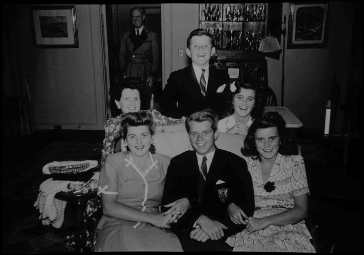 Rose Kennedy with her children, Kathleen, Patricia, Bobby, Jean, and Ted, in Hyannis Port, ca. 1942.