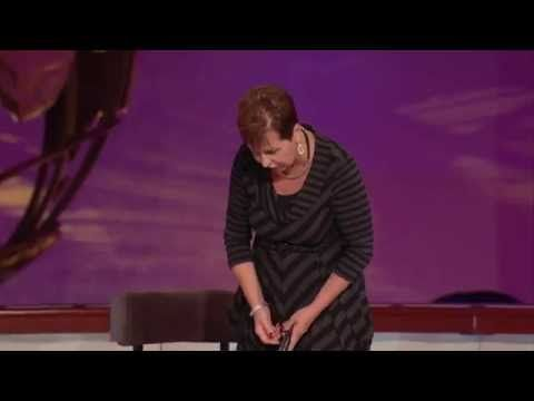 Joyce Meyer | Focus On The Positive Things In Life | Joyce Meyer Sermons 2014 - YouTube