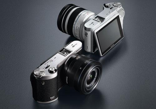 Samsung NX300 Smart Mirrorless Camera [CES 2013]