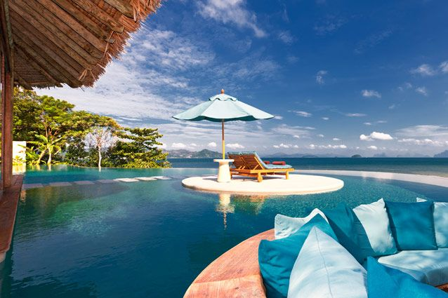 10 hotel rooms to lock yourself in this V-Day | Most romantic hotel rooms | hotel rooms for Valentine's Day | Kohinoor Suite Amarvilas | Underwater bedroom in Maldives | Conde Nast Traveller