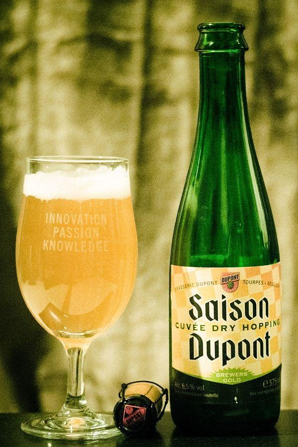 93  Saison cuvée dry hopping de Dupont.  Une saison sympa sans plus. La raison de son grand...