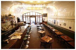 Café Paris Hamburg